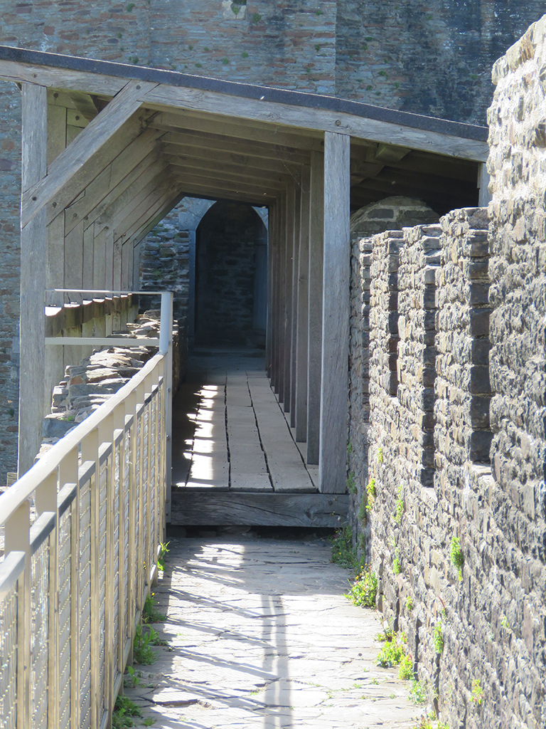 Castle parapet