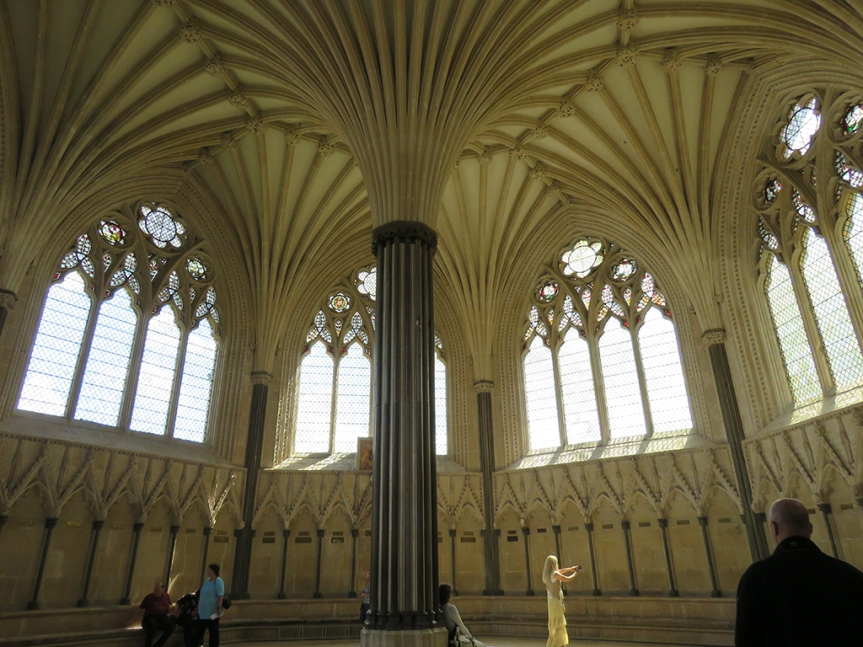 12_Wells-Cathedral_chapter-house11