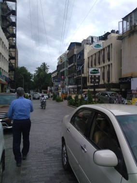 More of MG Road (that's my boss Morris in the blue shirt, by the way).